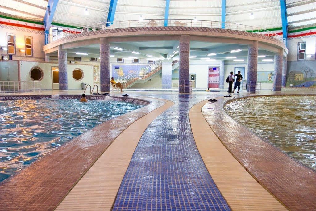 ورزش در آب  (آب درمانی)